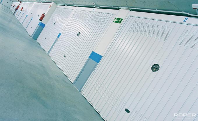 Residential Up-and-Over Garage Door 5