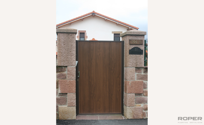 Folding Doors 4