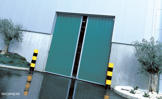 Industrial Slide Doors 1